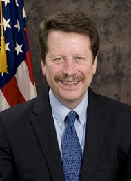 Robert M Cliff